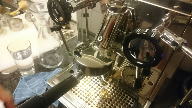 Delonghi driven pump bar42 maker espresso